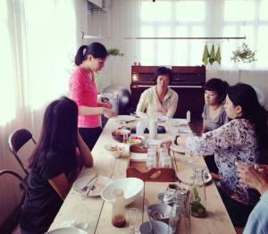 Sharon Chan sharing health benefits of chia seeds